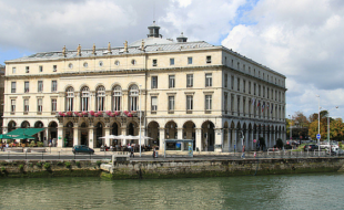 La Mairie de Bayonne