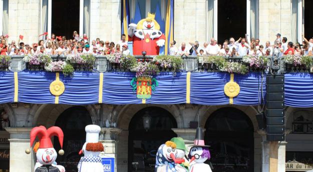 Le Roi Léon et sa cour
