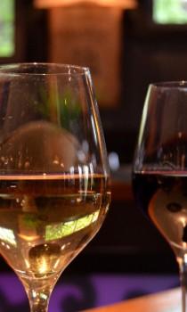 Bouchon-Basque-Vin