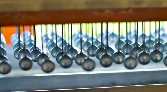 fabrication-perle-vernis